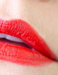 son-maybelline-color-sensational-creamy-matte-lipstick-craving-coral-review-hang-xach-tay-US
