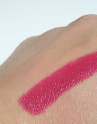 son-kiko-rebel-romantic-intensely-lavish-lipstick-05-heavy-cherry-review-swatch