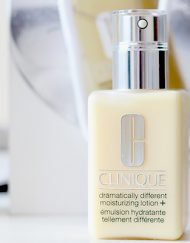 kem-duong-am-clinique-dramatically-different-moisturising-lotion+-125-ml-review