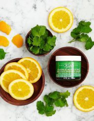 mat-na-kiehl-cilantro-orange-extract-pollutant-defending-masque-1