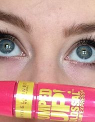 mascara-maybelline-pumped-up-colossal-1