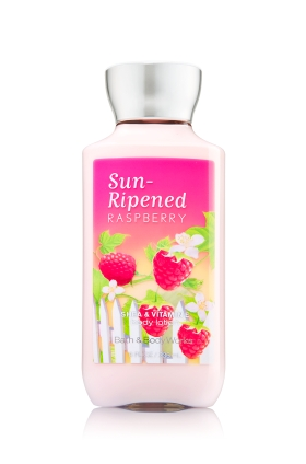 sua-duong-the-bath-and-body-works-sun-ripened-raspberry