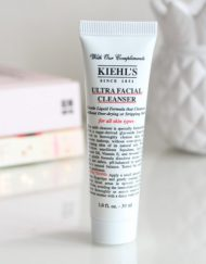 sua-rua-mat-kiehls-ultra-facial-cleanser-30ml-review-1