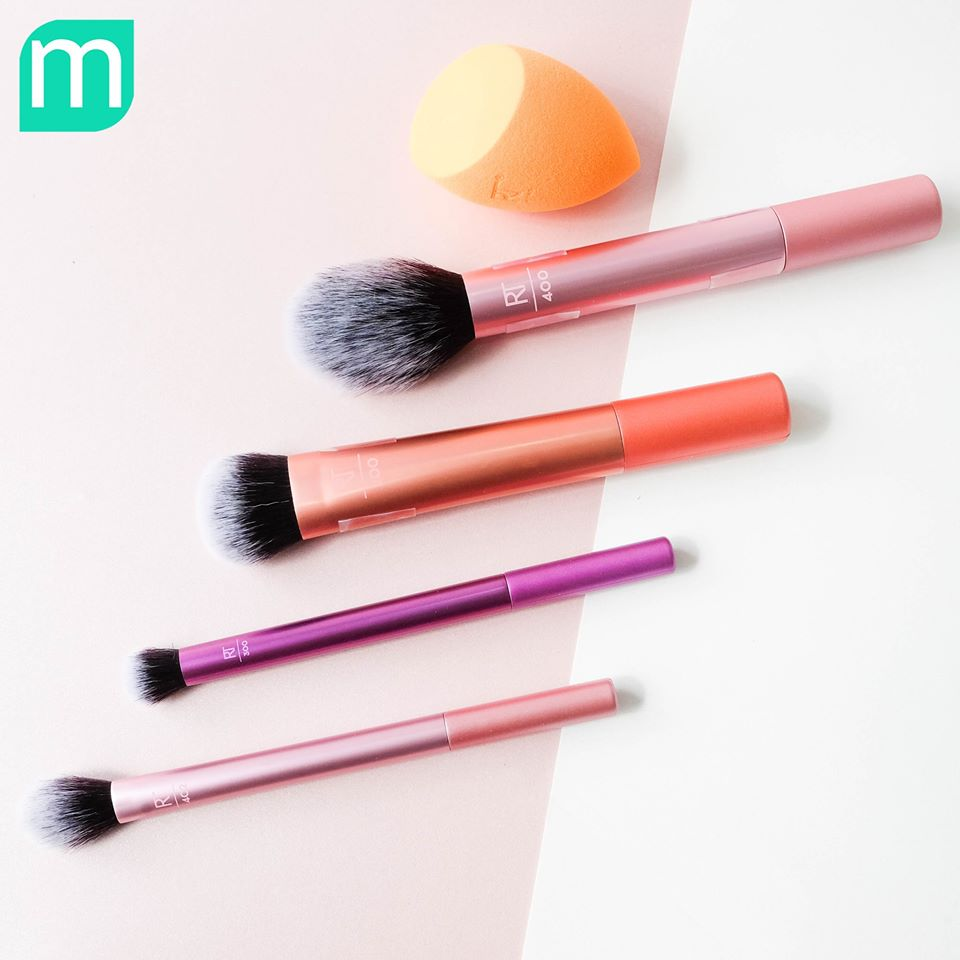 set-co-real-techniques-everyday-essentials
