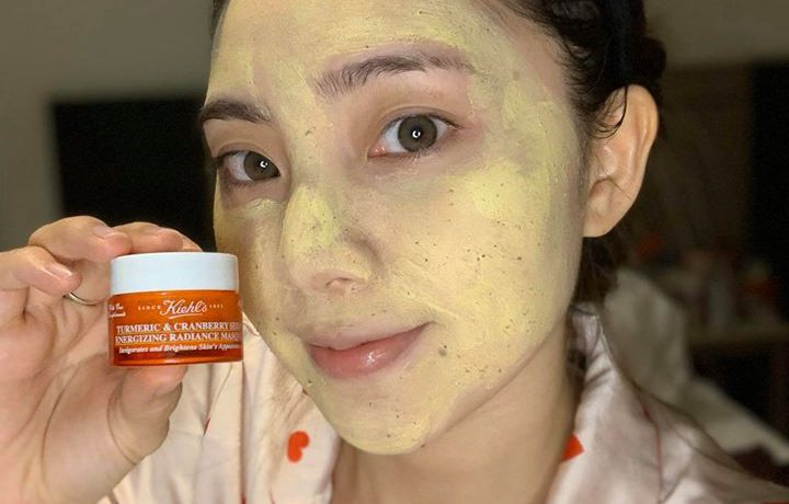 review-mat-na-nghe-kiehls-tumeric-and-cranberry